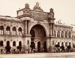 The Palais de l'Industrie, where the Salon des Refusés  took place