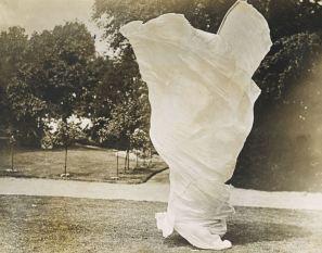 Harry C Ellis, Loie Fuller, dans la Danse du Lys