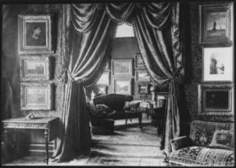 Interior of art dealer Goupil & Cie in The Hague, c1900