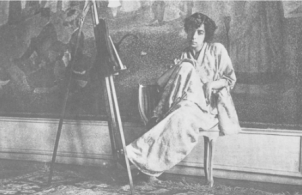 photo of Lucie Cousturier seated in front of la grande jatte